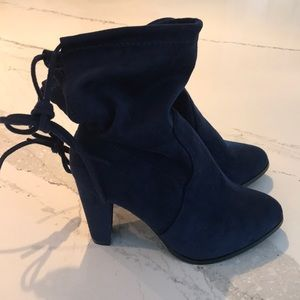 Catherine Malandrino Navy Sorchanie Booties-New!!!